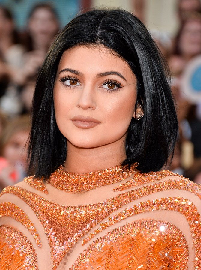 "17. That's the sleekest bob we ever did see and probably the most perfect nude [lipstick](http://www.cosmopolitan.com.au/beauty/makeup/2015/8/kylie-jenner-launch-lipstick/|target=""_blank"")."