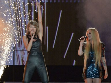 """Taylor Swift and Avril Lavigne sang """"Complicated"""" together"""