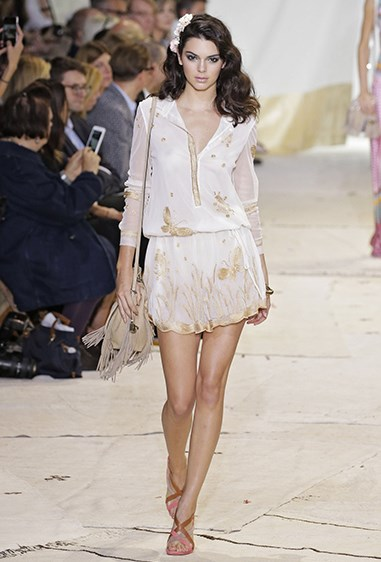 Kendall walked for DVF in this GORGEOUS gold and ivory daydress