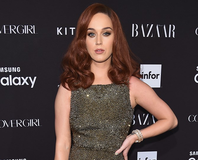 ~This is her new 'do~. Katy debuted the copper hue at the 2015 Harper's BAZAAR ICONS Event and it's RAVISHING.