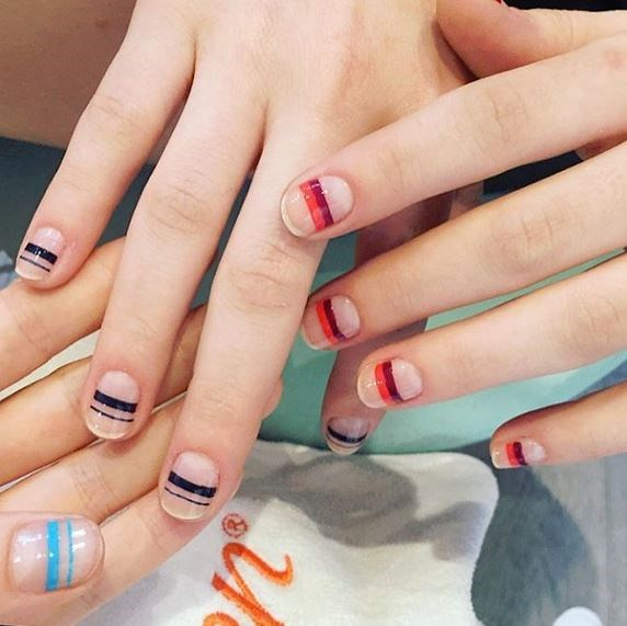"2. Multicolored Stripes at Tanya Taylor Via [@mpnails](https://instagram.com/mpnails/ target=""_blank"")"