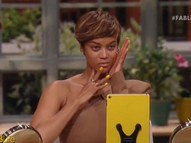 Tyra Banks and Chrissy Teigen wiped all of their makeup off on TV