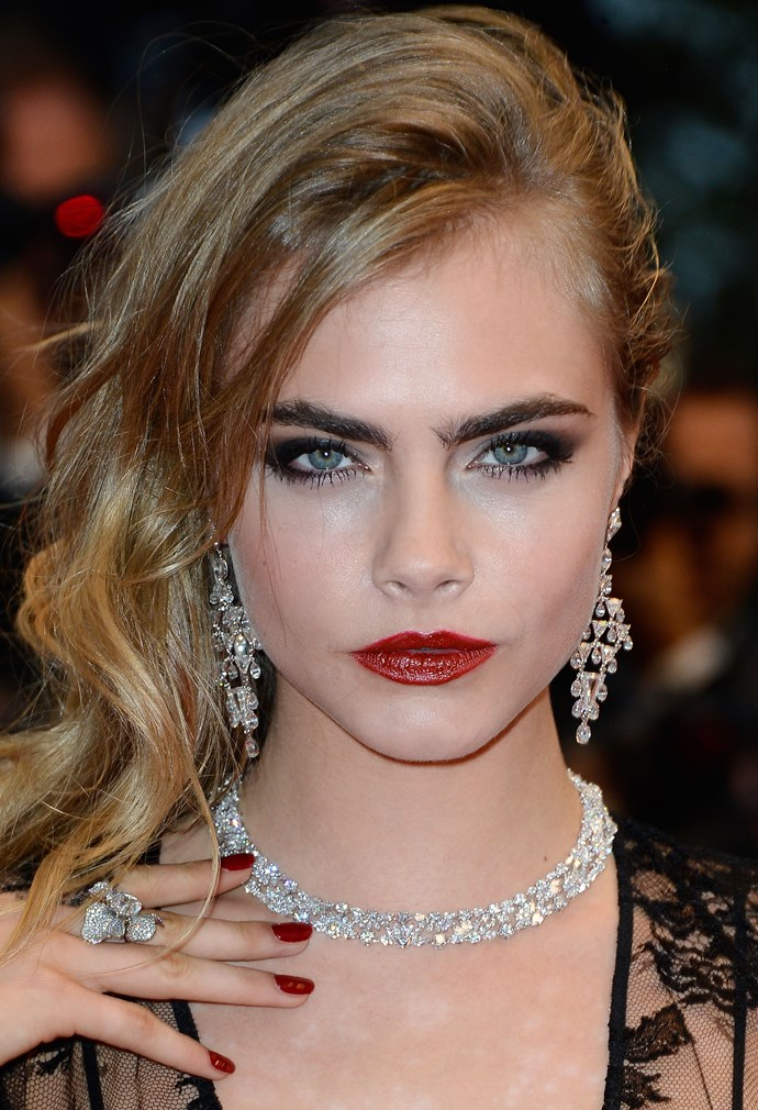 **19. Make your makeup multi-task.**When you run out of brow product (and it's a likely scenario if you're well-embrowed like Cara), use an angle brush and brown eye shadow instead.