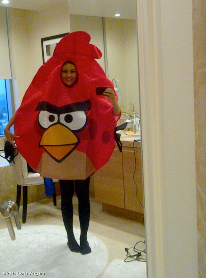 **An Angry Bird**  Sofia Vegara is one of the sexiest humans on the planet, so when she played down her physical assets and opted for a funny-as-hell Angry Birds costume we were all kinds of praise hands emoji.