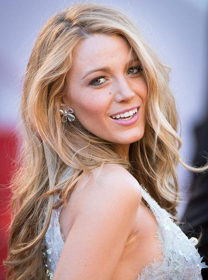 13. Nude doesn't translate to full coverage matte either. Blake Lively's sheer wash of lippy has just enough pigment to enhance her natural lip colour and a sweep of blush on her cheeks makes it pop.