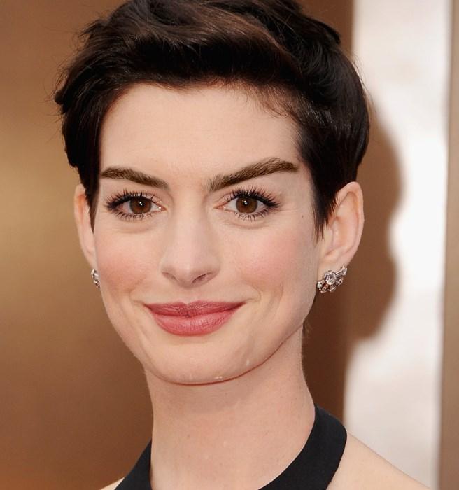 **8. Anne Hathaway**