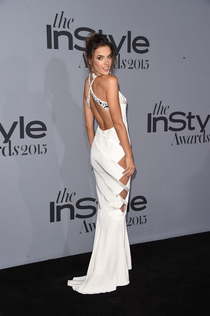 HOT DIGGITY DAMN, Alessandra Ambrosio sure knows how to bring sexy back.