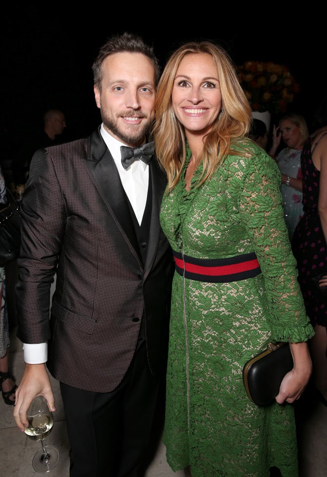 Julia Roberts also opted for an eye-catching hue, in this green lace number.