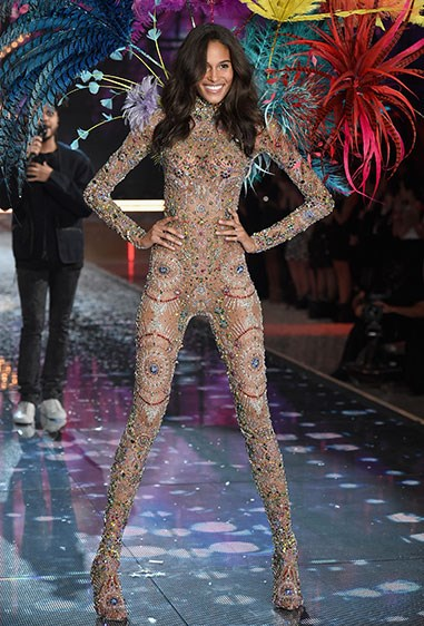 WOAH. Cindy Bruna is a human firework in what could possibly the most amazing embellished jumpsuit we have EVER seen.