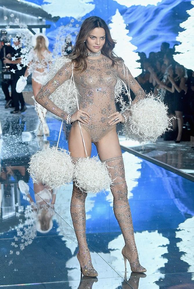 Nice balls, Barbara Fialho. This bodysuit. <3