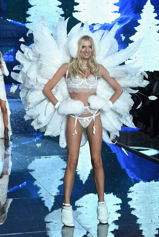 Lily Donaldson is the sexiest snowflake we ever did see.