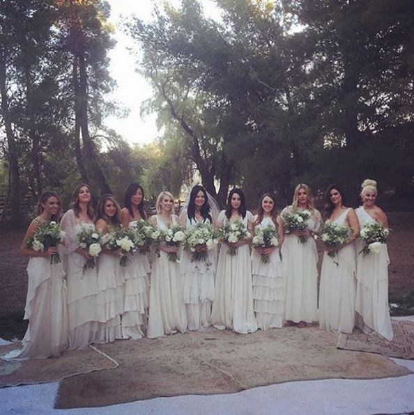 Together, they all took bohemian beauty to a whole new level, with their dress styles varying slightly from girl to girl. Absolutely stunning.