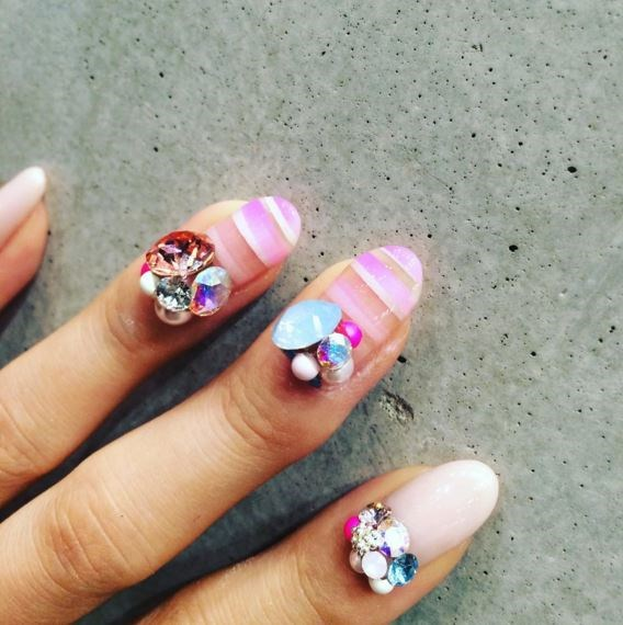 Cute cuticles. Do try this oneat home.