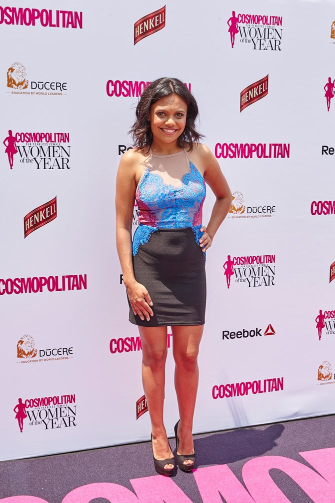 Miranda Tapsell looked super sexy in this bright mini and totally ROCKED it.