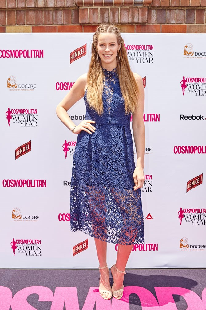 Model, Robyn Lawley, looked super sweet in blue lace and crimped hair. The perfect summer-time combo!
