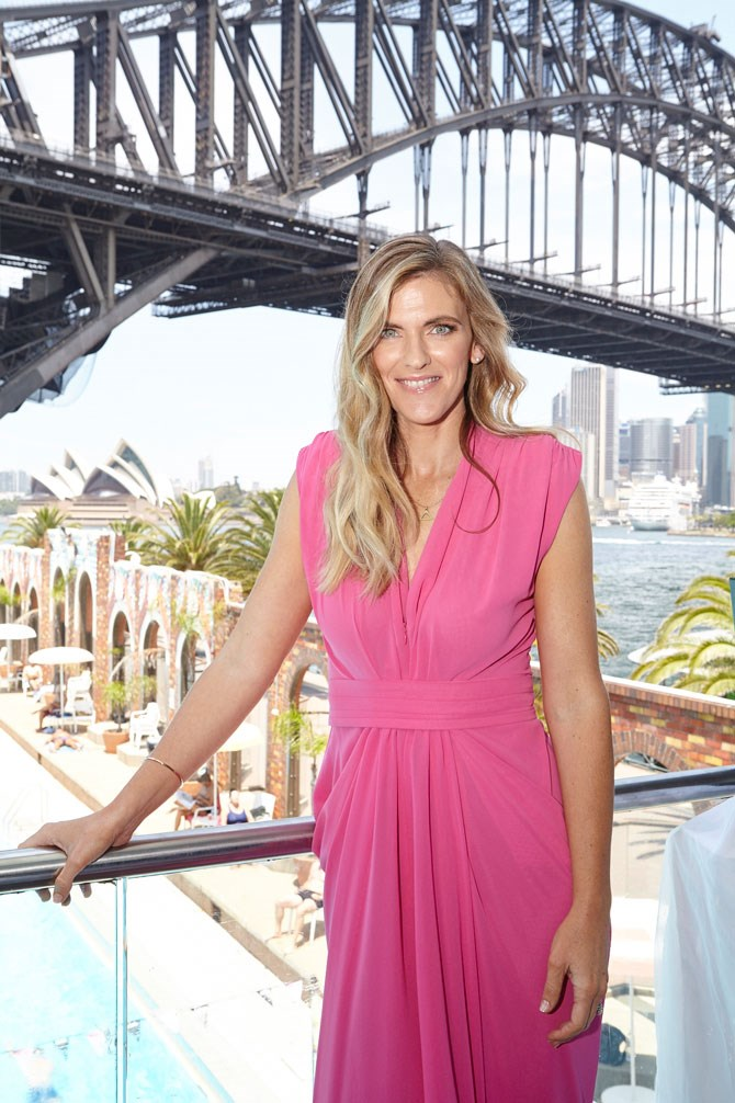 Our beautiful Editor-in-Chief, Bronwyn McCahon, making the most of a breathtaking Sydney Harbour backdrop.