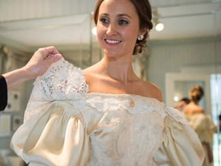 This bride is the 11th person to wear her family's 120-year-old wedding dress