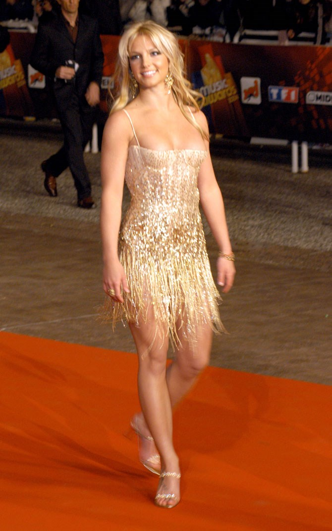 In 2004 her love of small, glitzy red carpet looks became apparent. How did we not pick Vegas sooner?
