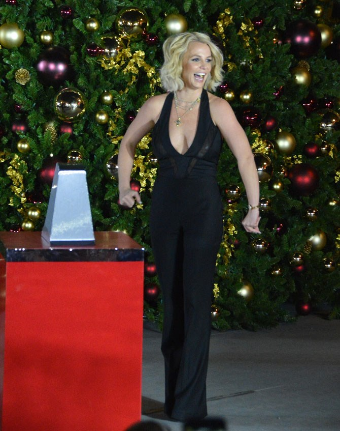 But just last week as she lit up the Las Vegas Christmas tree it was a textured bob atop a chic, black jumpsuit. The best part about Britney as that you just never know what's going to happen next. To be continued...