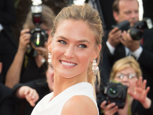 Bar Rafaeli arrested for tax evasion