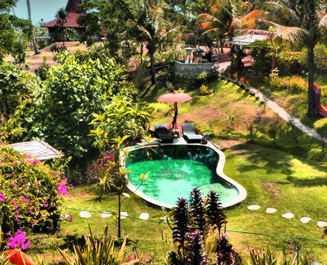 """BALIAN TREEHOUSE: SELEMADEG BARAT, INDONESIA Nicknamed The Mushroom Villa, this treehouse with a private pool is only three minutes walk from the nearest beach. More information[here](https://www.airbnb.com/rooms/1016153