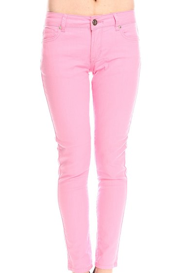 **6. Baby pink skinnies**    Your wardrobe staple for hanging out at the shops with your friends.