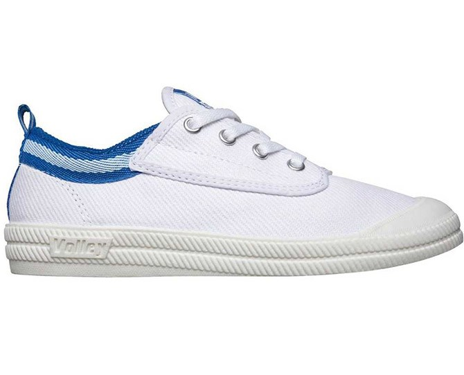 **9. Dunlop volleys **    Remember when everyone used to rock up to P.E. in these babies and your teacher would complain that nobody wore ~SuPpOrTiVe~ shoes? Yep - but you looked cool AF.