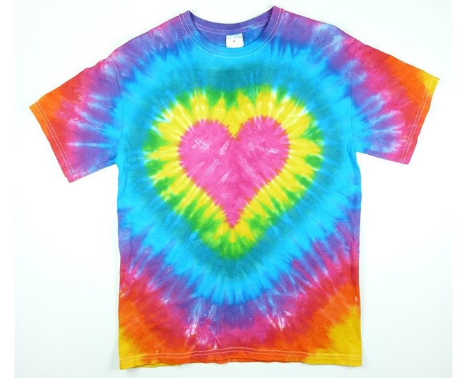 **17. Tie-dye shirts**    It was the 90s, whaddaya expect?