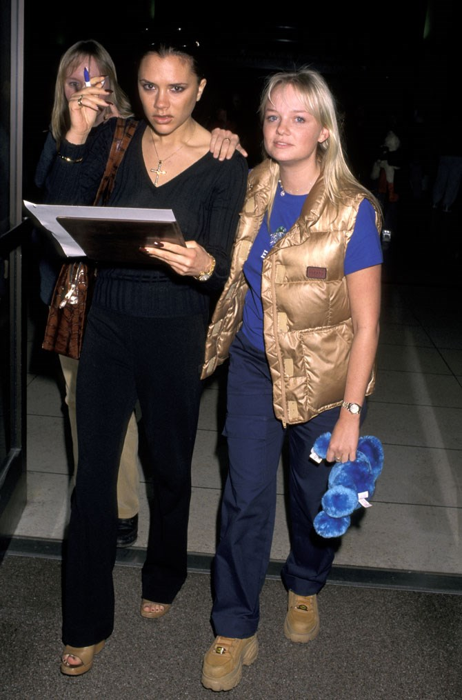 Definitely a more relaxed look for Baby Spice. An airport outfit, perhaps? The best part is that she found freaking hiking boots with a freaking platform because SPICE UP YO MOTHER F***ING LIFE!