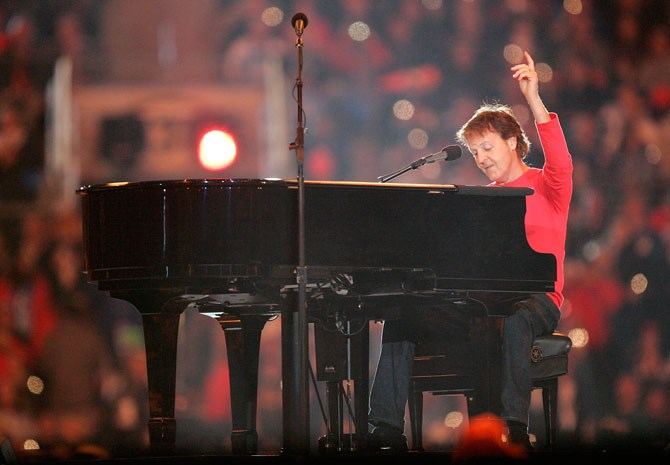 Paul McCartney ended his set with a rousing performance of 'Hey Jude' in 2005.