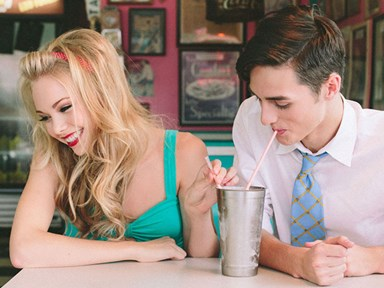 The 12 emotional stages of every Tinder date.