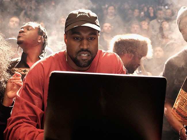 The 15 most batshit crazy things Kanye West tweeted