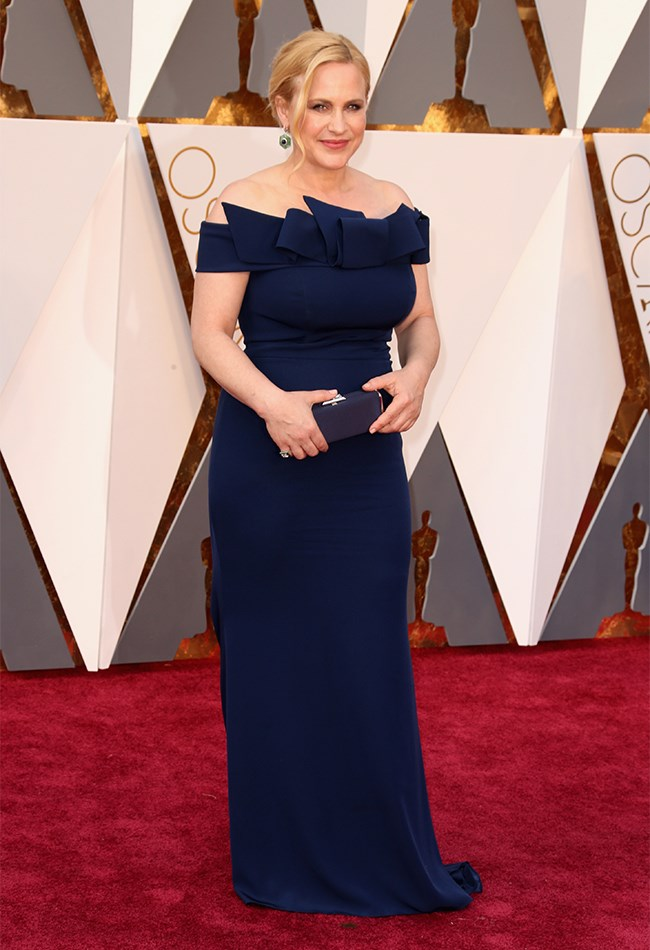 Patricia Arquette didn't blow us away with this navy gown, but she still looks beautiful all the same.