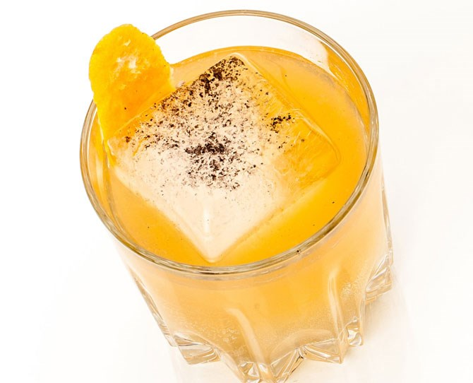 """**17. The New Irish Breakfast** In a shaker filled with ice, combine 60mL **banana-infused Jameson** and 30 to 60mL **orange juice.** Shake until cold, then pour into an old-fashioned glass over a large ice cube. Garnish with a pinch of **black sugar sprinkles.** How to make banana-infused Jameson: Slice 2 ripe **bananas** and put into a clean glass jar with an airtight lid. Pour half of a 750mL bottle of Jameson into the jar and close tightly. Let sit in a dark spot on the counter and turn the jar gently once a day. After 4 to 5 days, strain the banana slices out using a fine mesh strainer and pour the whiskey through a coffee filter back into the jar. Refrigerate for up to 1 month. Source: [Cosmo US](http://www.cosmopolitan.com/food-cocktails/g5528/st-patricks-day-cocktail-recipes/