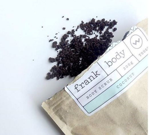 """From au-naturel skincare brands to colour-popping makeup pigments, here's 7 totally insta-famous beauty brands, you should definitelytry out irl: **1. FRANK BODY @FRANK_BOD** [680k followers](https://www.instagram.com/frank_bod/ target=""""_blank"""") Their coffee-based body scrubs made it so huge on Instagram, that they've now got TWO official Instagram accounts. From targeting dry skin to reducing cellulite, stretch marks and acne, the all-natural skincare brand is definitely one to give a go. Check out [@frankfeedback](https://www.instagram.com/frankfeedback/ target=""""_blank"""") for before and after pics."""