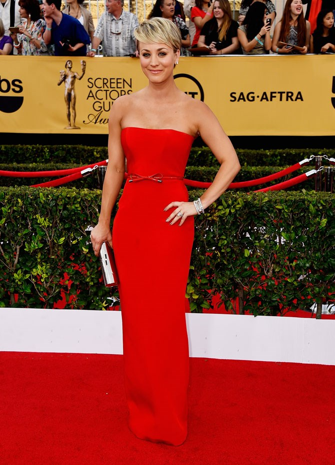 The 2015 SAG Awards saw her wear the most elegant red column gown, and with that hair, she was just so grown up and gorgeous looking.