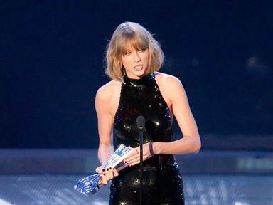Taylor Swift just made a very public, loved-up statement about Calvin Harris