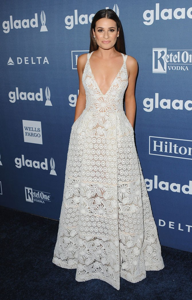 Lea Michelle looked so beautiful in this white lace dress at the GLAAD Media Awards. The simple hair and makeup just made it all the more chic.