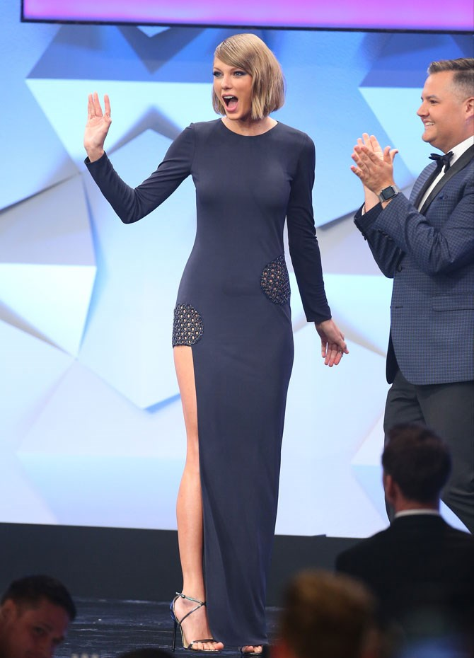 Speaking of, Taylor Swift kept things nice and simple in navy for her GLAAD look.