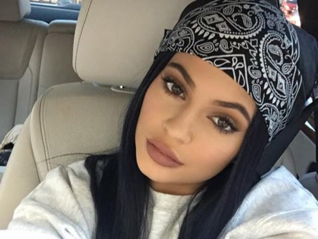 A comprehensive list of Kylie Jenner's beauty tips