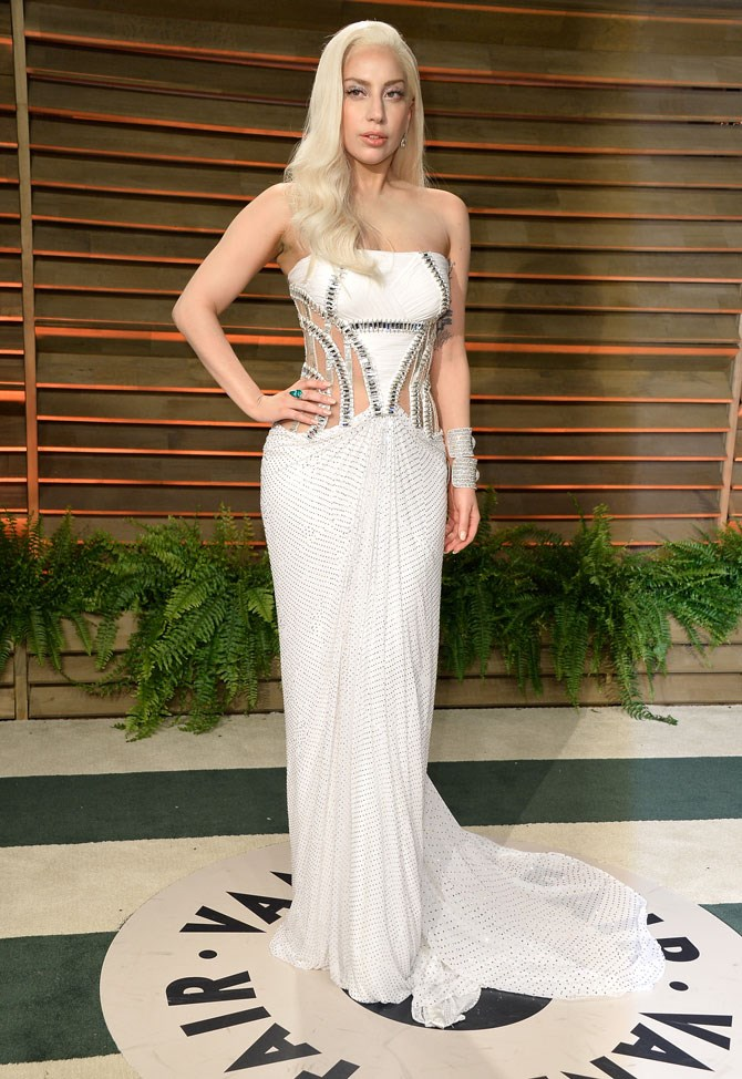 And she even kept up appearances for the Vanity Fair after party.