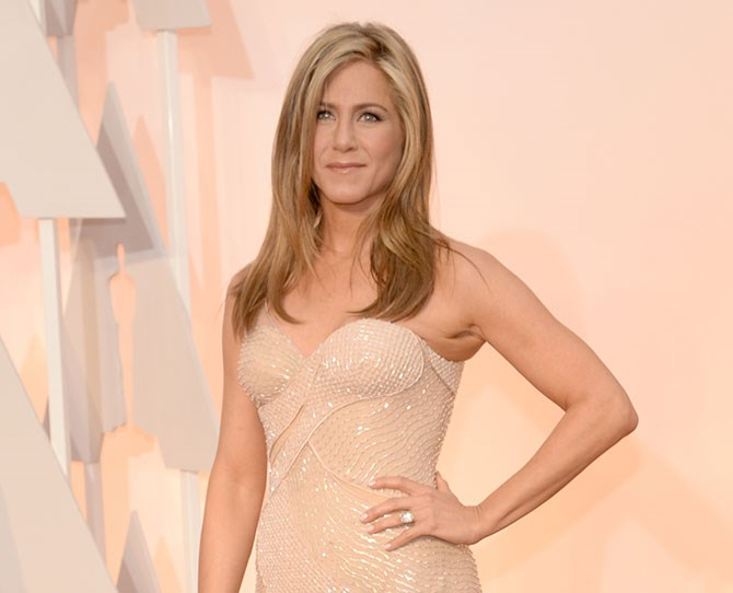 "15. ""People lose perspective. I look around and see how bad plastic surgery and injections can really kick you in the ass."" —Jennifer Aniston, in the [February 2015 issue of InStyle](http://www.eonline.com/news/611658/jennifer-aniston-spills-her-secret-to-flawless-skin-shares-must-have-makeup-products