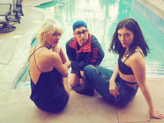 Taylor Swift, Lorde and Lena Dunham's musician boyfriend Jack Antonoff were #squadgoals.