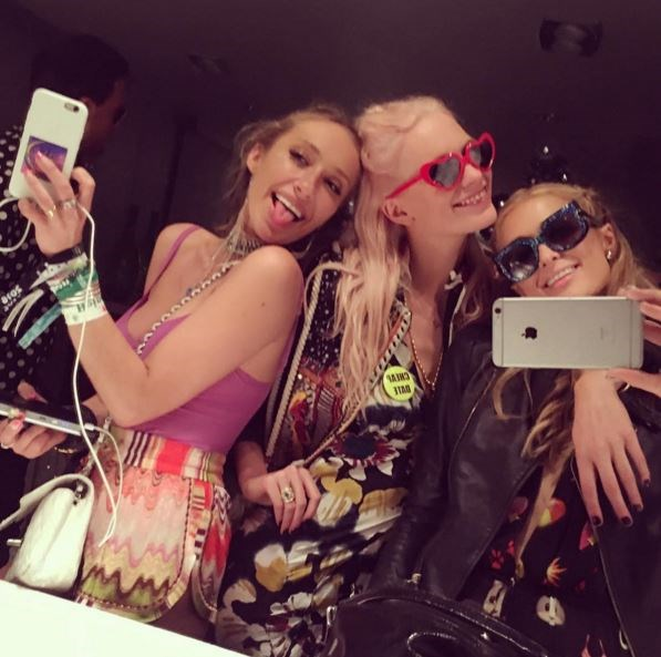 Paris Hilton was all about those bathroom selfies with her good friends, Poppy Delevingne and Gaia Matisse.