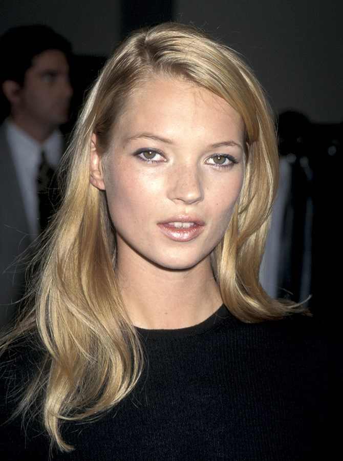 But the likes of Kate Moss also rocked an understated non-eyebrow during this era.