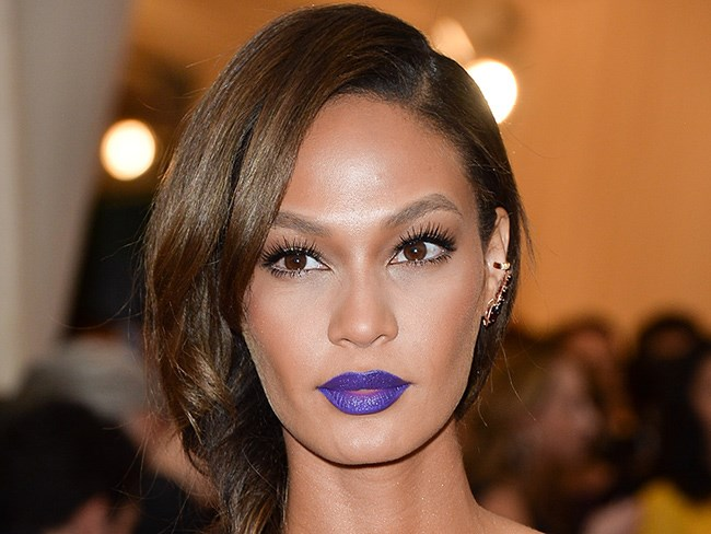 How to choose the right lipstick and nail polish colour for your skin tone