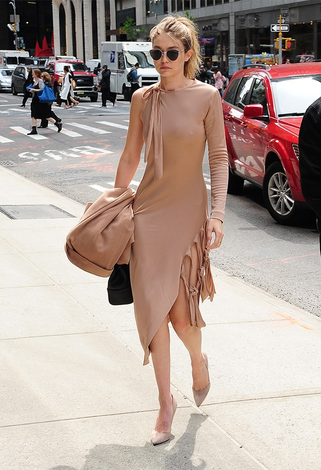 Head-to-toe nude is a hard look to pull off, but naturally Gigi slays.