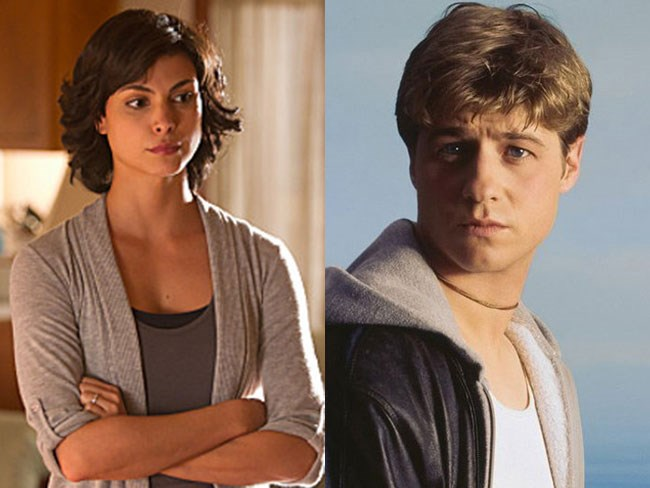 **Jessica Brody from *Homeland* and Ryan Atwood from *The O.C.*** We could totally see Ryan having some sort of sordid affair with a mum with two kids as an *O.C.* storyline, TBF.
