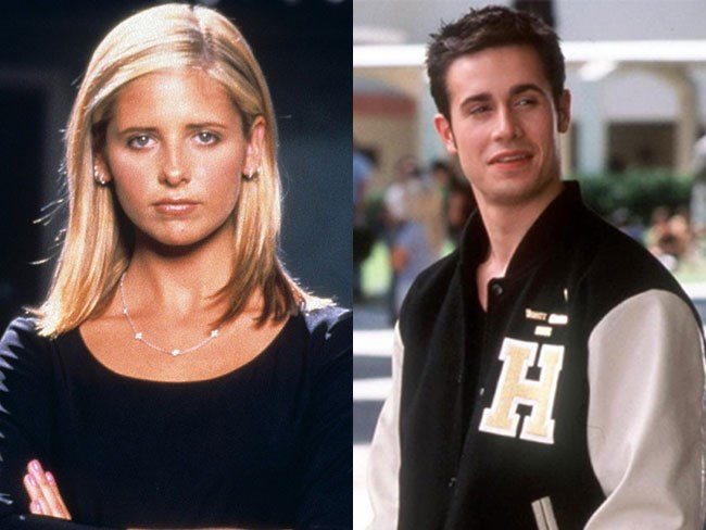 **Buffy from *Buffy the Vampire Slayer* and Zack Siler from *She's All That*** An oldie but a goodie. This couple is basically our '90s #goals.