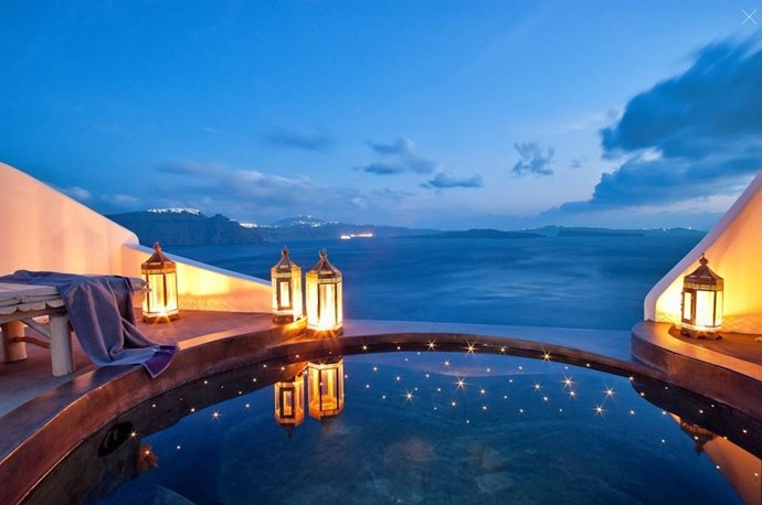 The resort has 27 award-winning suites and villas which all have unbelievable views of the Aegean Sea and volcanic islets.